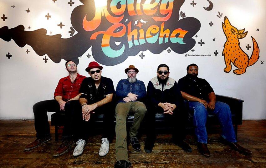 MoneyChicha-couch lean